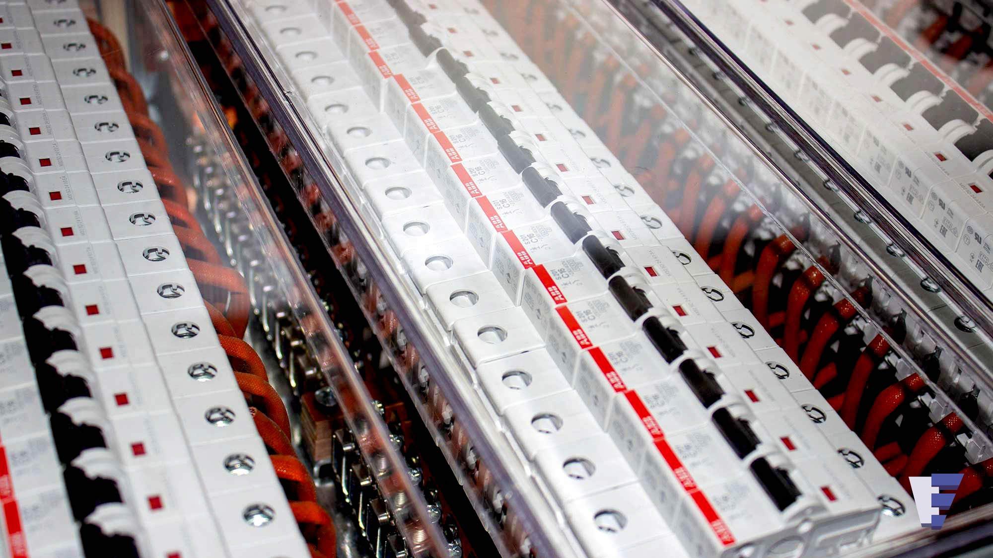 Velčić Ltd - DC distribution unit - supply battery